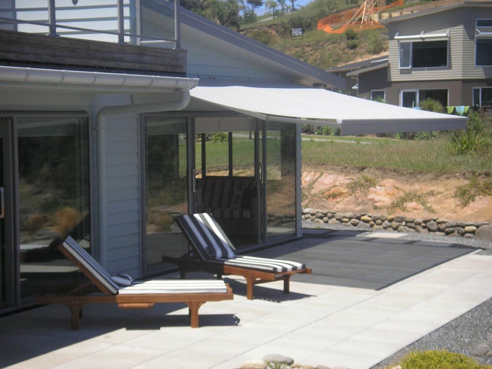 Retractable Patio Amp Electric Folding Arm Awnings Yarra