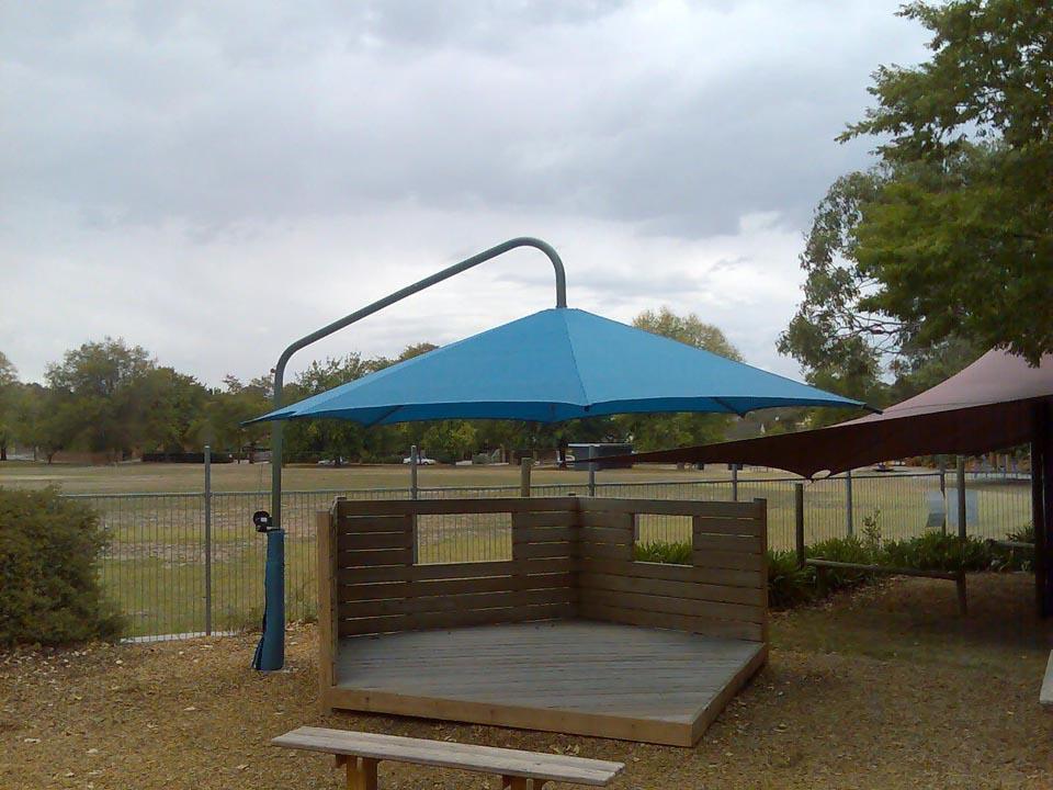 cantilever umbrellas melbourne yarra shade co. Black Bedroom Furniture Sets. Home Design Ideas